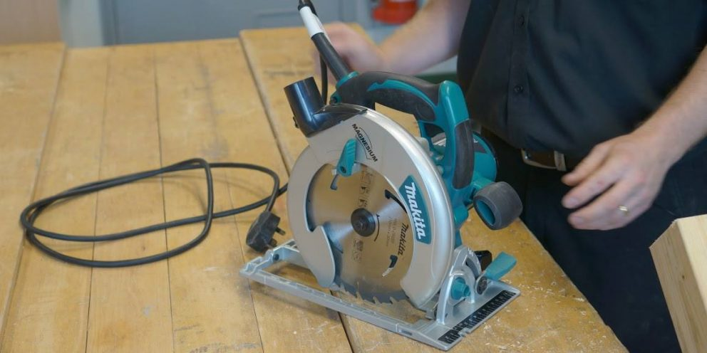 Table saw vs. Circular saw: Which One's BEST For Home?